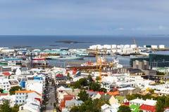 Skolavordustigur street and port in Reykjavik. REYKJAVIC, ICELAND - SEPTEMBER 5, 2017: above view of Skolavordustigur street and port in Reykjavik city from Stock Photo