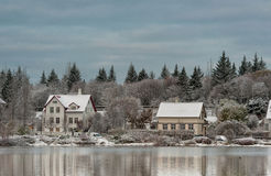 REYKJAVIK, ISLAND - 21. OKTOBER 2016: Tag und Stadtbild Snowy Island Stockbilder