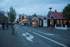 REYKJAVIK, ISLANDIA 4 DE AGOSTO: Calles 4, 2013 de la ciudad en Reykjavik, Imágenes de archivo libres de regalías