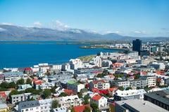 Reykjavik stad, mening vanaf de bovenkant van Hallgrimskirkja-kerk, IJsland Royalty-vrije Stock Afbeeldingen