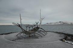 Reykjaviks iconic viking skepp Royaltyfri Bild