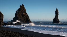 Reynisfjara n?stan Vik, Island, Europa royaltyfri bild