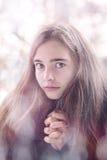 Rezar bonito do adolescente Fotos de Stock Royalty Free