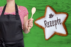 Rezepte & x28; w niemieckim recipes& x29; cynamon gwiazda pokazuje szefem kuchni obrazy royalty free