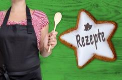 Rezepte & x28; nel recipes& tedesco x29; la stella della cannella è indicata dal cuoco unico Immagini Stock Libere da Diritti