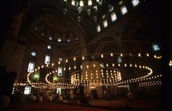 Rezo en iglesia turca imagen de archivo libre de regalías