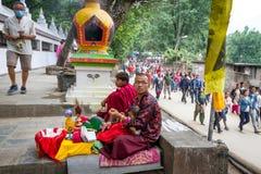 Rezos en el cumpleaños de Buda Fotografía de archivo