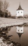 Réflexion de miroir sur le lac Images libres de droits
