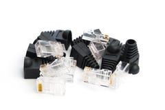 Rg 45 connecteurs d'isolement sur le blanc photo stock
