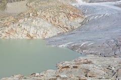 Rhône-Gletscher und Glazial- See Stockfotos