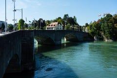 Rhein-Ansicht von rheinfelden die Schweiz in der weiten Ansicht des Sommers Stockbild