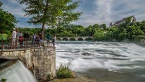 Rheinfall, Szwajcaria siklawa jako czasu upływ zdjęcie wideo
