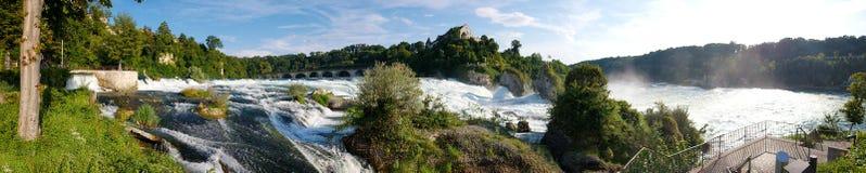 Rheinfall-Wasserfallpanoramablick stockfotos