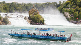 RHEINFALLS,瑞士- 2015年7月25日:对最大的wat的看法 库存图片