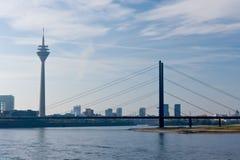 Rhin en Düsseldorf Fotografía de archivo