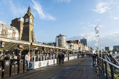 Rhine promenade with its restaurants and bars in Dusseldorf, Ger Stock Photo