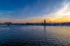 Rhine i Cologne Arkivfoton