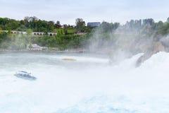 Rhine Spadek Post spadać woda rzeczna z pianą Zdjęcie Stock