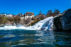 Rhinefalls在瑞士镇的沙夫豪森莱茵河 免版税库存照片