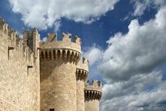 Rhodes Island Grekland, ett symbol av Rhodes, av den berömda slotten för storslagen förlage för riddare Arkivbild