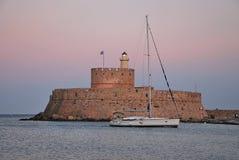 Rhodes Landmark The medeltida fyr royaltyfri fotografi