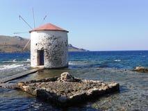 Rhodos in Griechenland, eine alte Mühle stockbilder