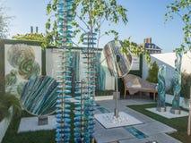 RHS Chelsea Flower Show 2017 Arte de vidro escultural orgânica para a exposição do jardim Imagens de Stock