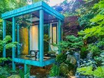 RHS Chelsea Flower Show 2017 Geen Muur, Geen Oorlog Gouden Medaille die Artisanale Tuin winnen door Japanse hoofdkazuyki Ishihara Royalty-vrije Stock Afbeeldingen
