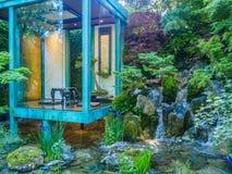 RHS Chelsea Flower Show 2017 Geen Muur, Geen Oorlog Gouden Medaille die Artisanale Tuin winnen door Japanse hoofdkazuyki Ishihara Stock Afbeelding