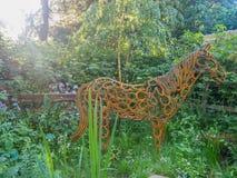 RHS Chelsea Flower Show 2017 Il giardino di assistenza sociale del cavallo del mondo Immagine Stock