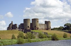 rhuddlan的城堡 库存照片