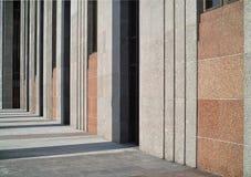 Rhythmus der Architekturzeilen. Lizenzfreie Stockfotografie