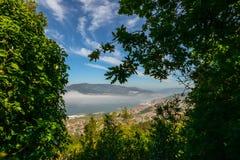 Ria de Vigo e la città di Vigo Immagine Stock Libera da Diritti