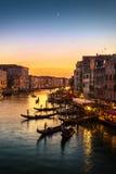 从Rialto桥梁,威尼斯的大运河 免版税库存照片