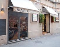 Rialto生活商店前面 库存图片