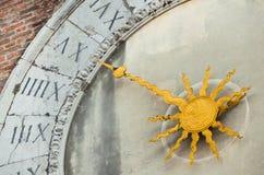 Rialto老时钟在威尼斯 免版税库存图片