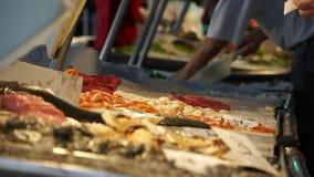 Rialto食品批发市场的场面在威尼斯(3 22) 股票录像