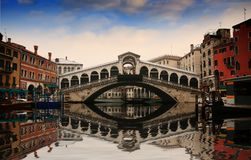 Free Rialto Bridge Royalty Free Stock Photos - 36575708