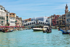 Rialto bridge and Grand Canal in Venice Stock Photography