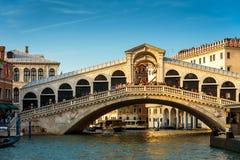 Rialto Bridge over the Grand Canal in Venice Stock Photos