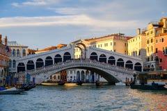 The Rialto Bridge over the Grand Canal in Venice Stock Photos