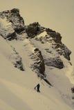 Riaza, Spanje 25 maart, de Klimmer van 2017 op de berg in uitstekende kleur Stock Fotografie