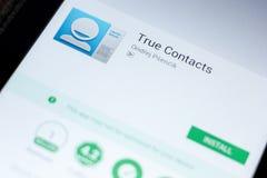 Riazan, Russie - 3 juillet 2018 : Contacts vrais APP mobile sur l'affichage de la tablette photo stock