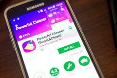 Riazan, Russie - 4 mai 2018 : Décapant puissant APP mobile sur l'affichage du téléphone portable photo stock