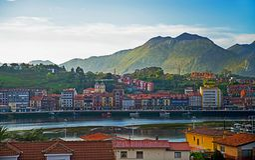 Ribadesella, as Astúrias, Espanha Fotos de Stock
