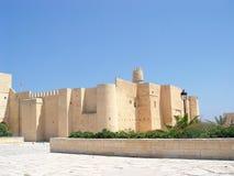 Ribat de piedra de la fortaleza con una torre en la ciudad de Monastir Imagen de archivo libre de regalías