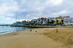 Ribeira海滩,在卡斯卡伊斯 免版税库存图片