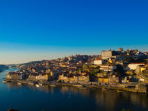 Ribeira in breed daglicht, Porto, Portugal Stock Afbeelding