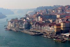 Ribeira, ein typischer Bereich in Porto-Recht nahe bei Duero-Fluss Lizenzfreie Stockbilder