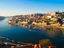 Ribeira na luz larga do dia, Porto, Portugal Imagens de Stock